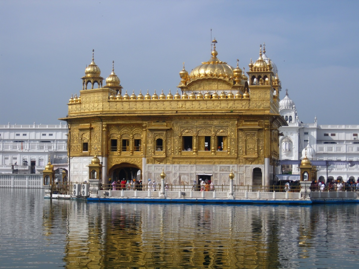 Seven Must See Attractions In India